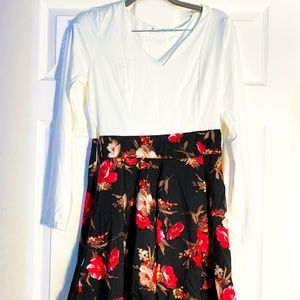 Dresses & Skirts - WHITE LONG SLEEVE FLORAL DRESS-SMALL